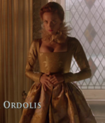 Elizabeth's Style - 3 Quenns 2
