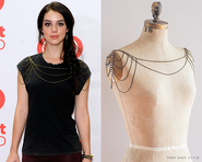 Adelaide Kane's Fashion Style 80