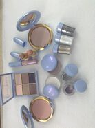 Make-Up - 60
