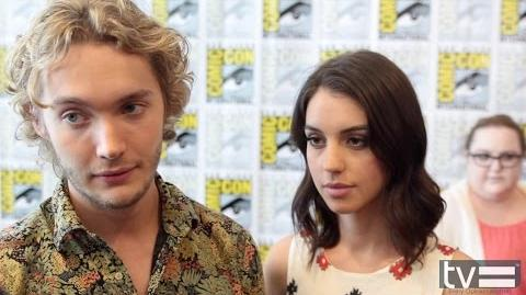 Reign at Comic Con