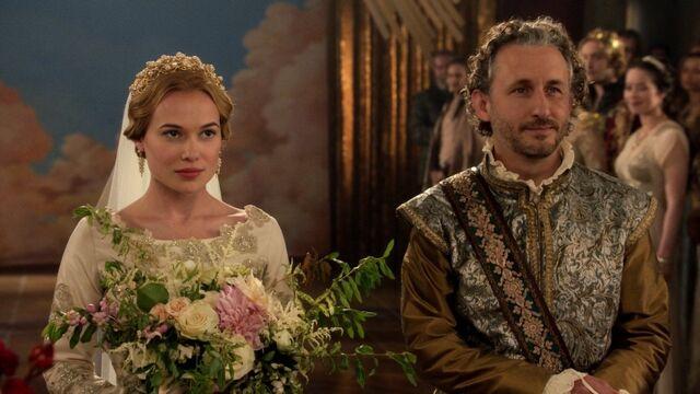 File:Greer and Castleroy's Wedding 14.jpg