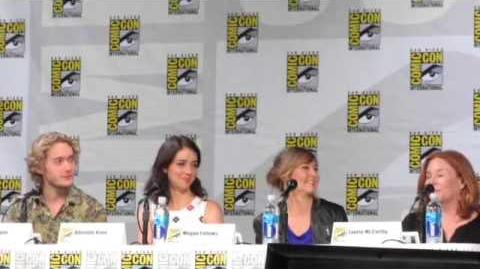 Reign Panel Comic-Con 2014 Part 1
