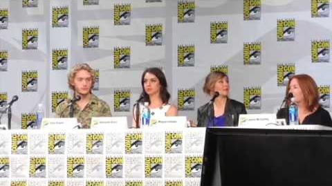 Reign Panel Part 2 -Comic Con 2014
