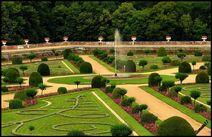 Garden in chenonceau castle 1