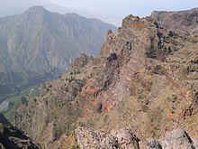 220px-La Palma-volcan de Taburiente