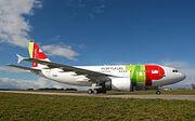 220px-A310 apron 2