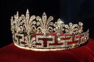 Coroa Princesa Thaís Loboa
