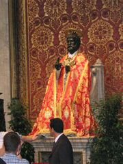 Saint Peter statue by Arnolfo di Cambio