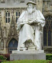 Hooker-Statue