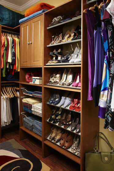 Traditional-clothes-and-shoes-organizers