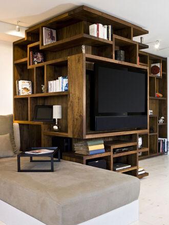 New-york-city-apartment-wooden-bookcase-design-ideas