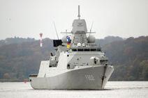 800px-Fregatte De Zeven Provincien 2494