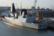 800px-HMS Daring (D32)-Portsmouth-03