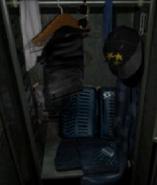 RE2-N64 Leon locker