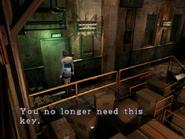 Resident Evil 3 Nemesis screenshot - Uptown - Warehouse examine 12