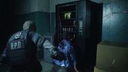 CombatKnifeMeleeAttackRE2Remake