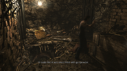 Resident Evil 0 HD - Worksite Remains wooden box examine 2