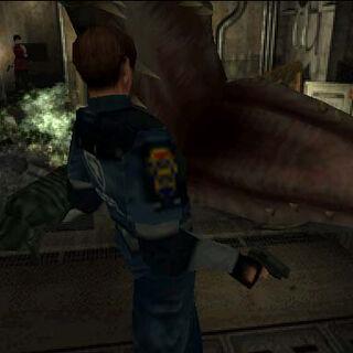 Аллигатор нападает на Леона
