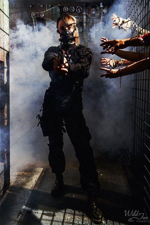 image 101ab09320dd63ad50fee2ec2f56e7b3 resident evil cosplay