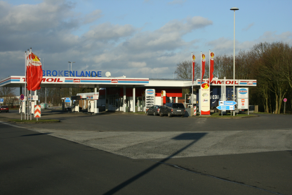 Germany a7 brokenlande rest stops and service plazas - Garden state parkway gas stations ...