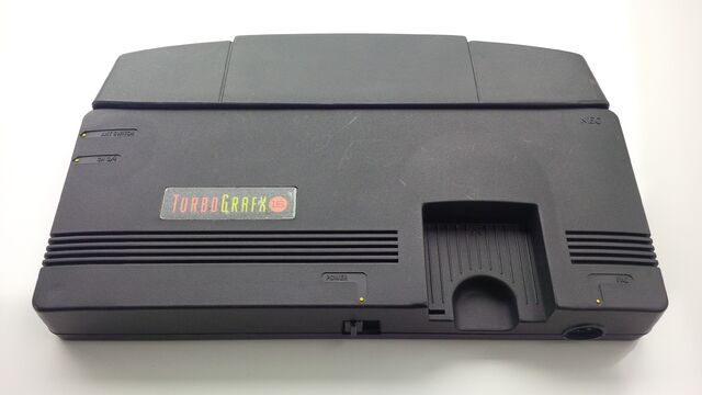 File:TurboGrafX-16 top front angle with expansion port cover.jpg