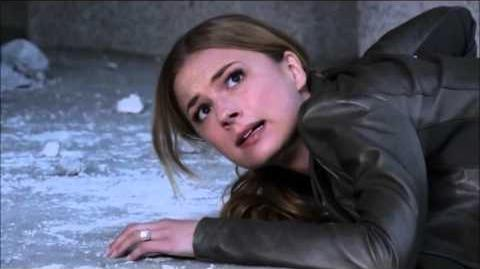 Revenge 2x21 2x22 Emily Searches for Jack