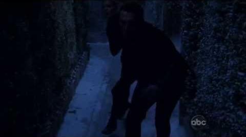 Revenge 2x03 Aiden Mathis scenes (6)