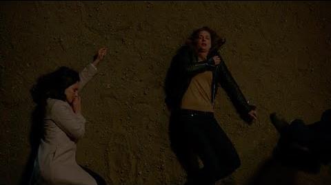 Revenge 4x12 Emily & Victoria Shot (Ending Scene)