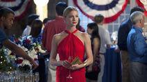 1x06 Emily rouge