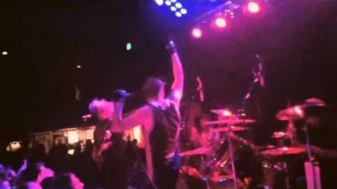 Melvins 8.17.13 Neumos Seattle. Mike Dillard. Hula Hoop