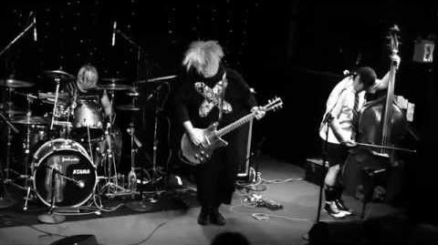 THE MELVINS with TREVOR DUNN (Melvins Lite) Live @ The Ottobar, 10 7 2012, (Part 1)