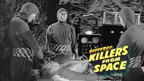 RiffTrax Killers From Space (Preview)-0