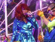 Rihanna-3-480x365
