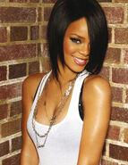 Rihanna32