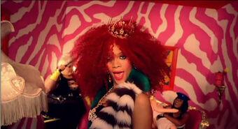 Rihanna-S and M-music video-screencap