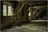 Abandoned-Buildings-12