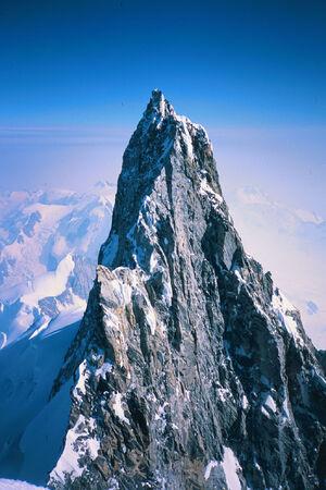 Quimrdage Peaks