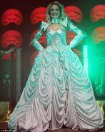 Rita-ora-radioactive-tour
