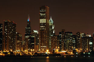 Images-chicago-2005-chicago-by-night-2-700x700