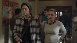 RD-Caps-2x19-Prisoners-39-Jughead-Betty