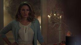 Season 1 Episode 1 The River's Edge Alice catches Betty in her cheerleading uniform