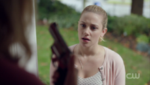 Season 1 Episode 4 The Last Picture Show Betty's mother finds the gun