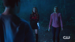 RD-Caps-2x03-The-Watcher-in-the-Woods-108-Cheryl-Betty