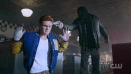 RD-Caps-2x01-A-Kiss-Before-Dying-116-Archie-Angel-of-Death