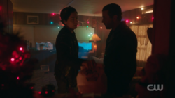 RD-Caps-2x09-Silent-Night-Deadly-Night-116-Jughead-FP