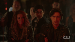 RD-Caps-2x12-The-Wicked-and-The-Divine-32-Toni-Jughead-Sweet-Pea