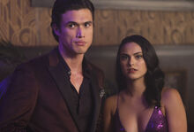 RD-Promo-3x03-As-Above-So-Below-12-Reggie-Veronica