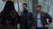RD-Caps-2x14-The-Hills-Have-Eyes-58-Veronica-Archie-Andre