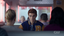 Season 1 Episode 4 The Last Picture Show Archie vs Betty and Veronica