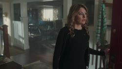 RD-Caps-2x19-Prisoners-28-Alice